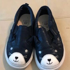 🐱GAP KITTY SLIP ON SNEAKERS🐱